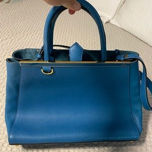 Fendi Petite 2 Jours Medium handbag